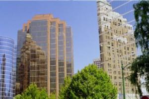 ob gewerbliche oder Wohnimmobilien, wir beraten Sie in Fragen des Maklerrechts